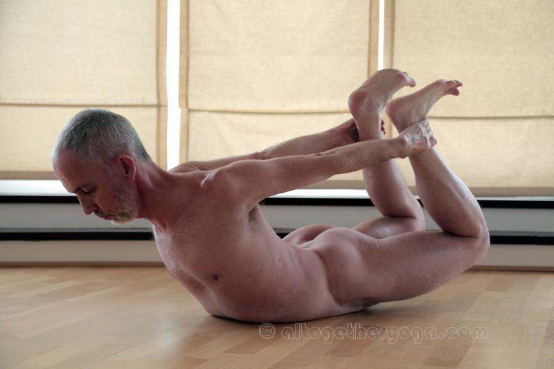 Nickles Altogether Yoga Bow